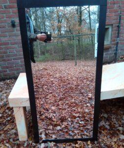 Grote spiegels - Rechthoekige spiegel met zwarte lijst