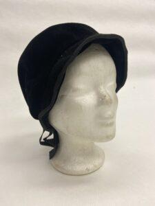 Zwart fluwelen hoedje - Zwart hoedje