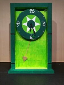 Grote groene klok - Grote klok in het kasteel van de Tovenaar van Oz